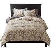Full/queen Bedding