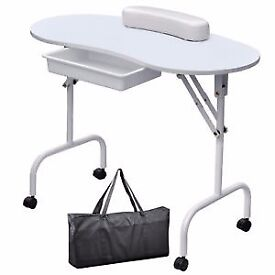 Manicure Table with carry case and 2 stools