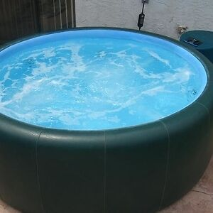 4 Person Soft Tub For Sale