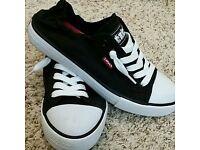 Levi's Stan G women's shoes BNWT