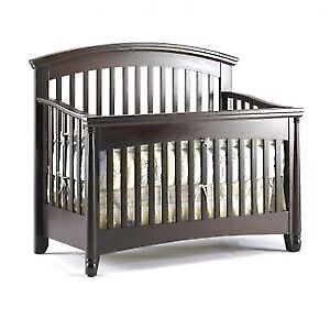 4 in 1 Crib and Change Table