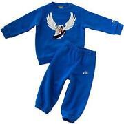Baby Nike Anzug