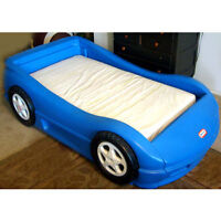 Little Tikes Twin Size Car Bed with Tire Storage and Bedding
