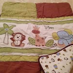4 piece bedding- jungle monkey