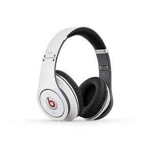 Beats Studio Over-Ear Headphone - White, mint condition  !SALE!