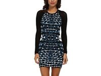 Parker Hartly Printed Mesh-Sleeve size small dress