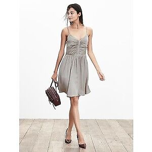 New with Tag BANANA REPUBLIC Silk Dress Size 4P (Reg$195)