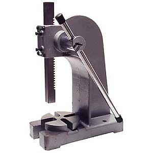 Machine 30 po. pour métal en feuille et Presse à arbre 3 tonnes
