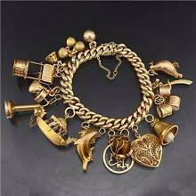 Bracelet 9 carat Gold15 large Charms Beautiful & Prime Condition Matraville Eastern Suburbs Preview