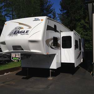 2010 Jayco 5th wheel bunkhouse 31.5 FBHS