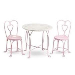 Charmant Antique Ice Cream Table