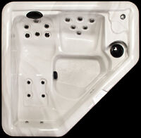 BEST TIME TO BUY HOT TUB – ANNUAL CLEARANCE SALE ON NOW