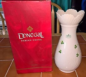 Donegal Parian China mystical rose vase (Never Used)