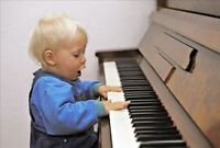 Home Piano Lessons Waterloo + Free Piano Giveaway