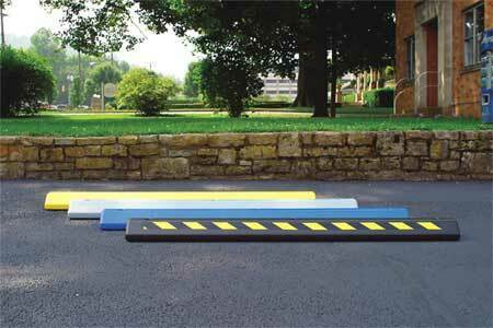 ZORO SELECT 1790BLKX Parking Curb,72 x 4 x 8 In,Black/Yellow