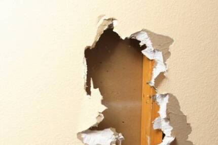 Plasterboard WALL & CEILING REPAIRS