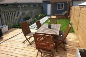 NOV 1 or later - RENOVATED 3-storey 3-bed w/BACKYARD+GARAGE+A/C