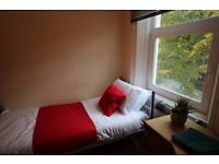 Fully self-contained studio flat in the heart of West Kensington.