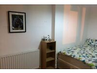 Short term- Nice Double Room in Stoke Newington