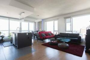 Luxurious condo downtown 5 1/2 furnished