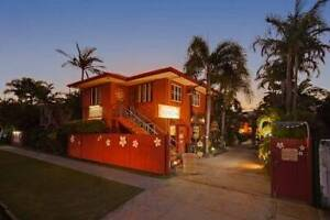 Live in housekeeper for busy Cairns Hostel