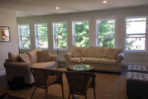 2 bedroom apartment for rent (Oct - May1st)