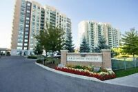 Beautiful Corner Suite With South View In Richmond Hill
