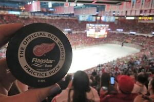 2 Detroit RedWing Season Tickets Aisle Seats Great Prices !!!!!
