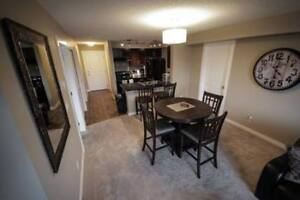 Beautiful Fully Furnished Vacation Rental Downtown Cochrane