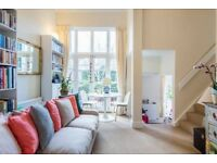 Beautiful light double bedroom in Chelsea with own balcony
