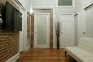 Furnished 3 Bed Apartment Downtown Hamilton