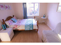 6 DOUBLE ROOMS IN TURNPIKE LANE - LUXURY PROPERTY, 3 bathrooms!