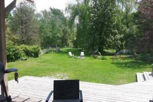 Collingwood - Pretty Home on 17 Acres. Close to water. Privacy.
