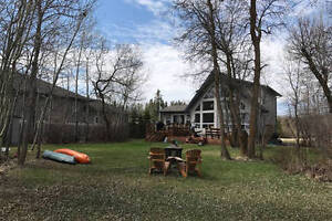 Beautiful lakefront home - fully furnished