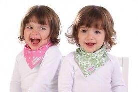 skibz doublez reversible baby bandana/dribble bib (new)