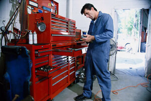 Garage Repair Insurance with Tow Truck and Used Car Sales