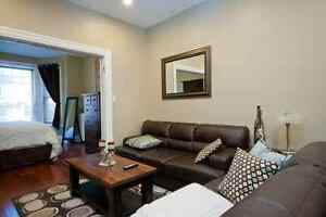 Bordering Queen's Campus- 2 Bedroom- Renovated, BARRIE Street Kingston Kingston Area image 4