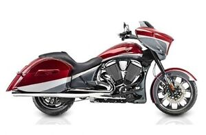 2015 Victory Motorcycles Victory Magnum™ - Magnum Red over Super