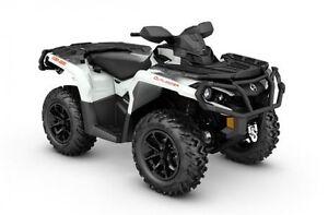 2017 Can-Am Outlander™ XT™ 1000R London Ontario image 3