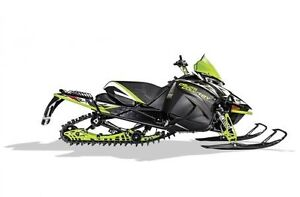 "2018 Arctic Cat XF 8000 137"" Cross Country Limited ES"