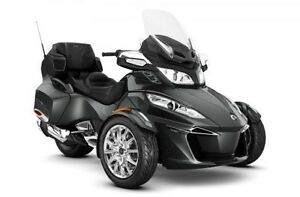 2017 Can-Am Spyder® RT Limited SE6