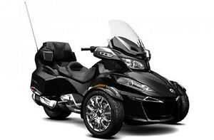 2016 Can-Am Spyder® RT Limited SE6