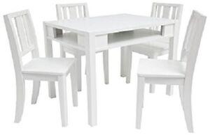 Ensemble table et 4 chaises haut de gamme