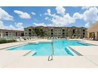 Beautiful, 3 bedroom, Poolside Apartment in Orlando, near Disney/Universal Studios for holiday let