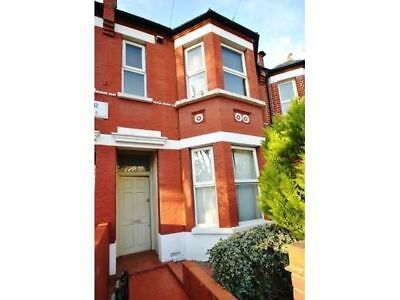 SHORT TERM LET - CHISWICK - Two Bedroom Garden Flat, Chiswick London