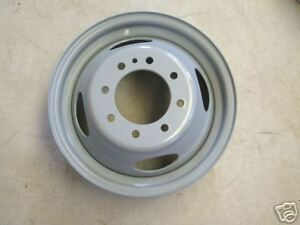 WANTED - FORD TRUCK RIMS 19.5