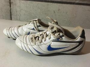 Boys soccer shoes for sale - VARIOUS SIZES