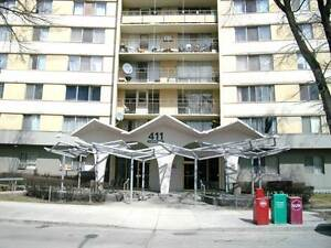 Condo in Heart of Downtown!!