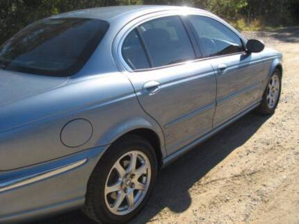 WOW A JAGUAR 2002 X TYPE SE  2.1L V6  AUTO  4 DOOR SEDAN