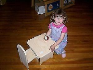Small Child's/Doll Table